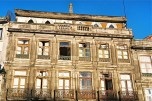 this city totally twists the image of abandoned houses... you can find certain beauty in each and every...
