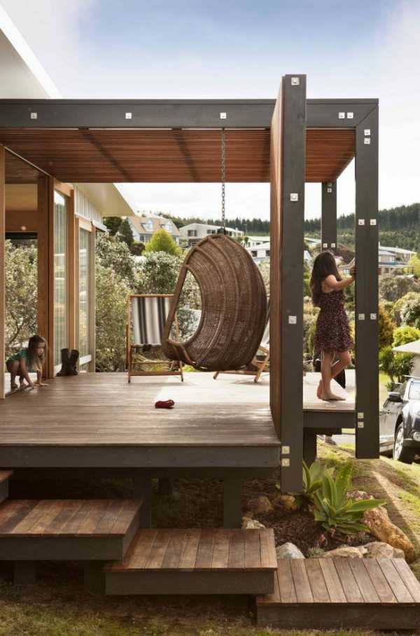 Террасная доска — удобный и практичный материал
