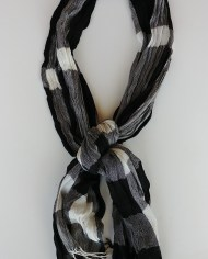 BlacknWhiteScarf