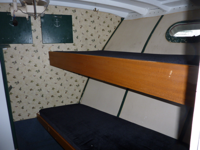 forepeak bunks
