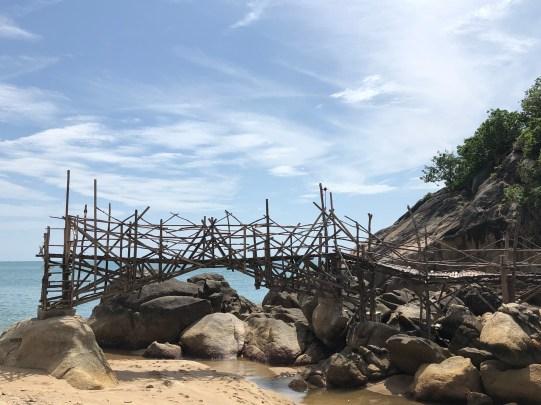 Zerbrochene Brücke auf Koh Phangan