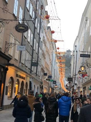 die Getreidegasse in Salzburg
