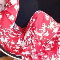 Mehr Farbe im Kleiderschrank - das hebt die Laune im Homeoffice