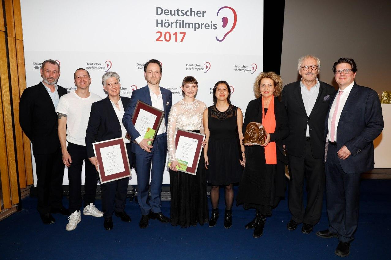 """Deutscher Hörfilmpreis 2017 in der Kategorie TV für """"Familienfest"""" beim 15. Deutschen Hörfilmpreis am 21. März 2017 © DBSV/Franziska Krug"""