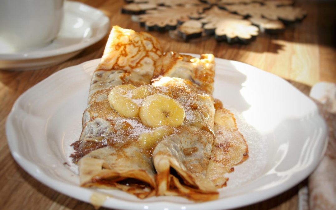 Nutella Crêpes with Caramelized Bananas