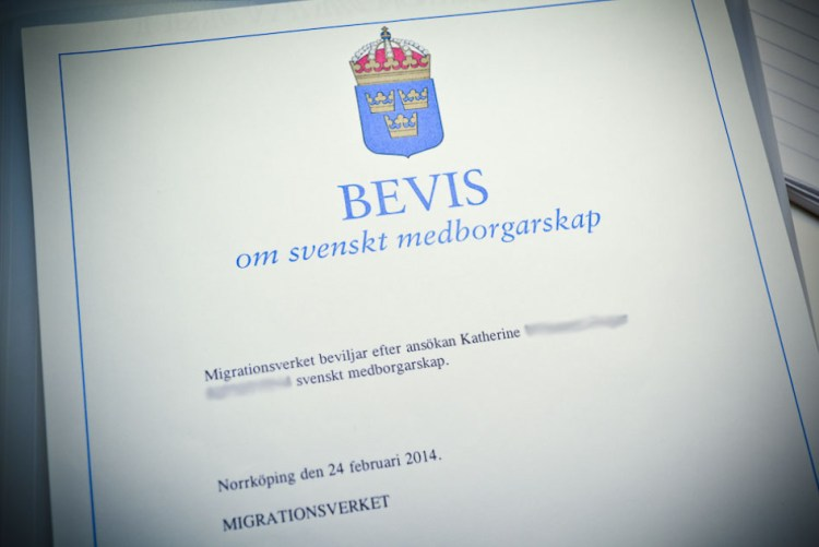 Certificate of Swedish citizenship.