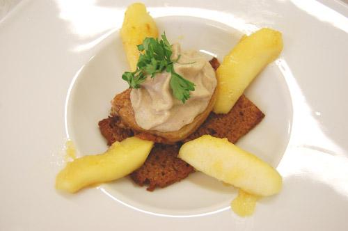 Foie gras, espuma de champignons