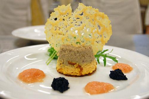 Terrine de mousse au potiron, champignons de Paris et châtaignes