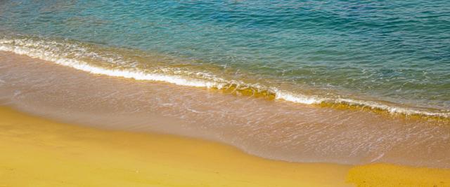 波打ち際のイメージ