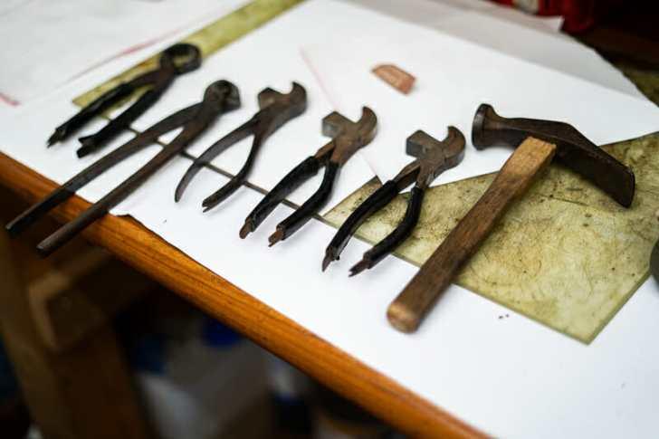 靴を作るときの道具