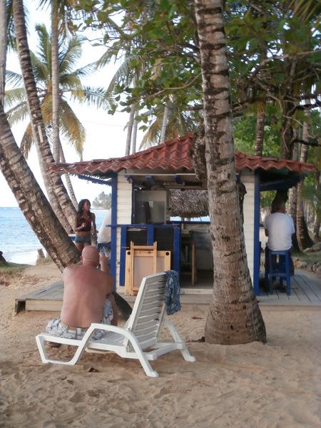 Ballando in spiaggia a Las Terrenas, Saman?