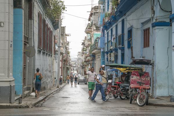 Tassisti a La Havana - Taxi drivers in La Havana