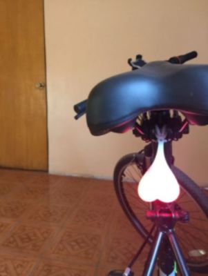 Cycling Balls Bike Bicycle Rear Light (Various Colors) photo review