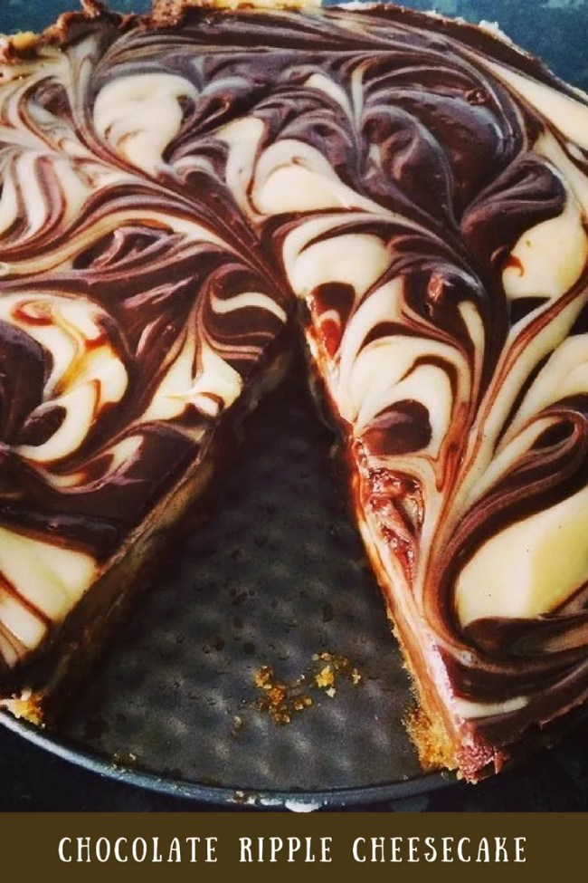 Chocolate ripple cheesecake - a delicious simple cheesecake that is on the frugal side too! Frugal eats, budget baking, chocolate cheesecake recipe
