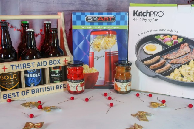 2018 Christmas Gift Guide for food & drink lovers - popcorn maker, 4 in 1 grill pan and thirst aid box