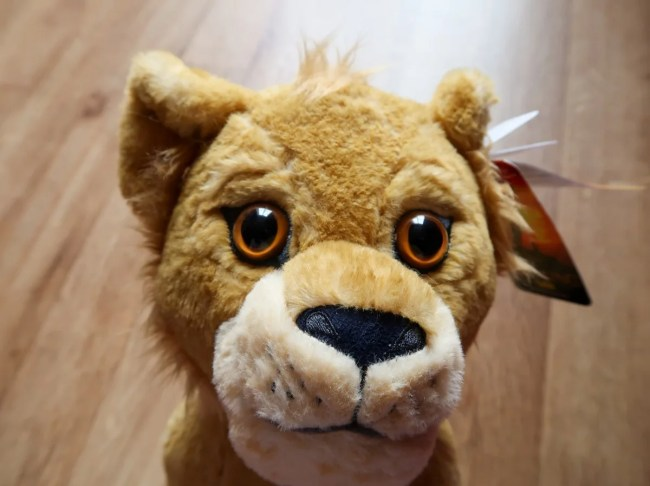 A look at the new Lion King Plush toys - Simba