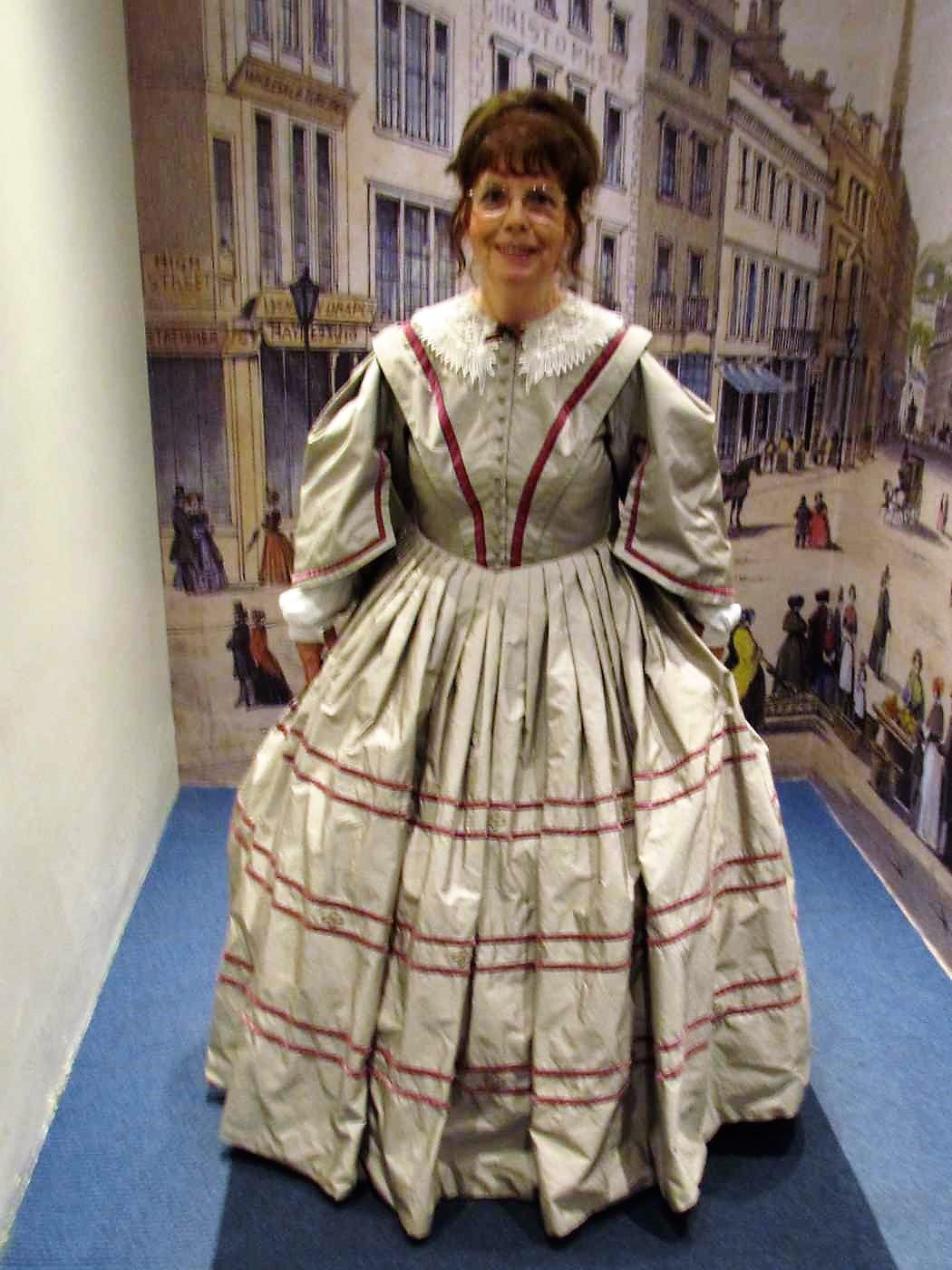 Katy Walters in Regency Clothing: Bath