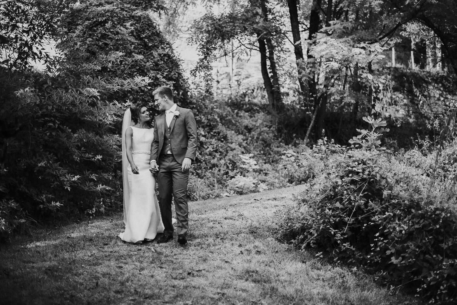 chateau_de_lisse_gers_gascony_south_west_france_family_wedding_katy_webb_photography_UK58
