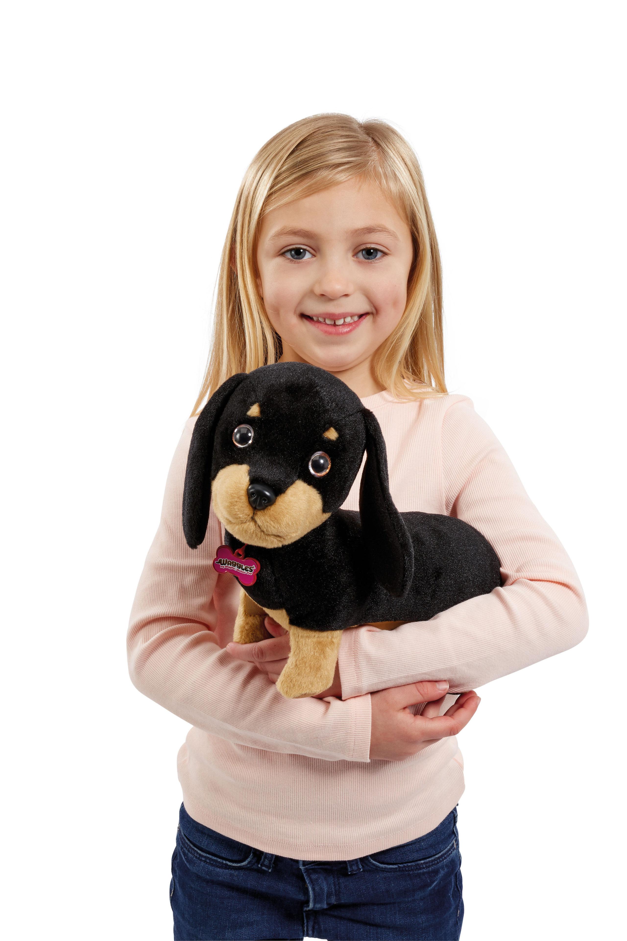Als bester Freund des Kindes hat der kleine Plüschdackel immer ein offenes Ohr und ist jederzeit zum Kuscheln aufgelegt.