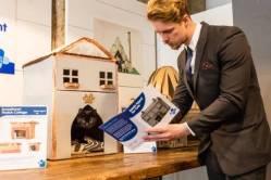 cat estate agent 2