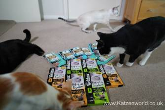 Katzenworld webbox cat treats0004