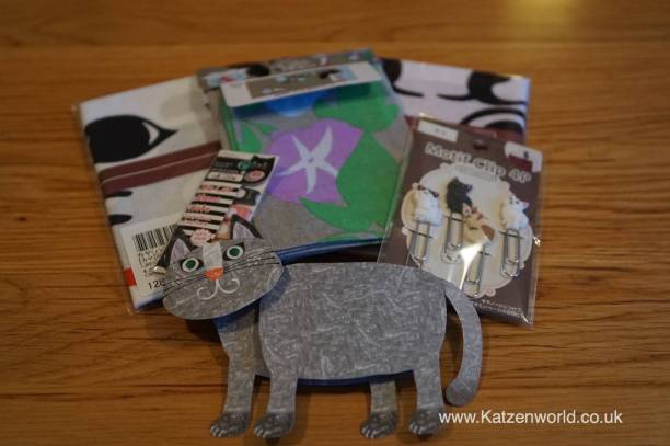 Even a cat shape thank you card