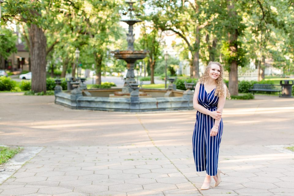 Senior girl picture session | Irvine Park in Saint Paul | Katzie and Ben Photography