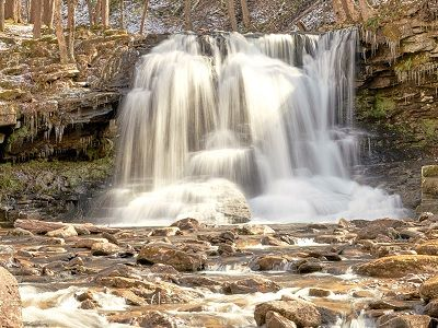 See 'Waterfall (photo 1)'