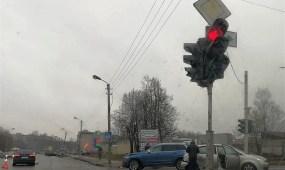 Avarija Partizanų ir Birželio 23-iosios gatvių sankryžoje