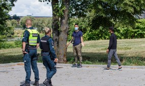 Sulaikyti nelegalus migrantai