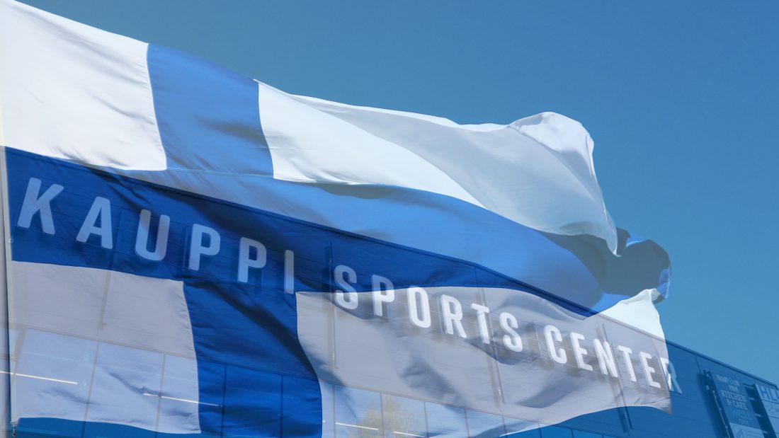 Suomen lippu ja kauppi ulkoa_1920x1080