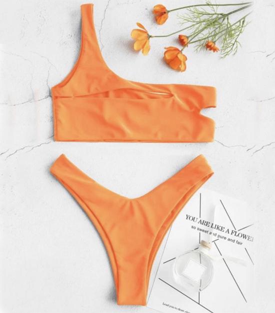bikini-selena-orange-kimkardashian-kyliejenner-bikiniswimwear-trajedebano-bikinitop-yacht-twopieces