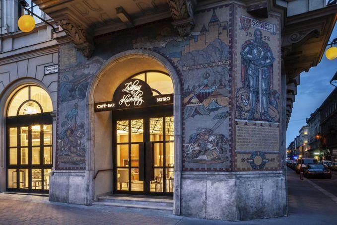 Zsolnay Kávéház a Radisson Blu Béke Hotelben