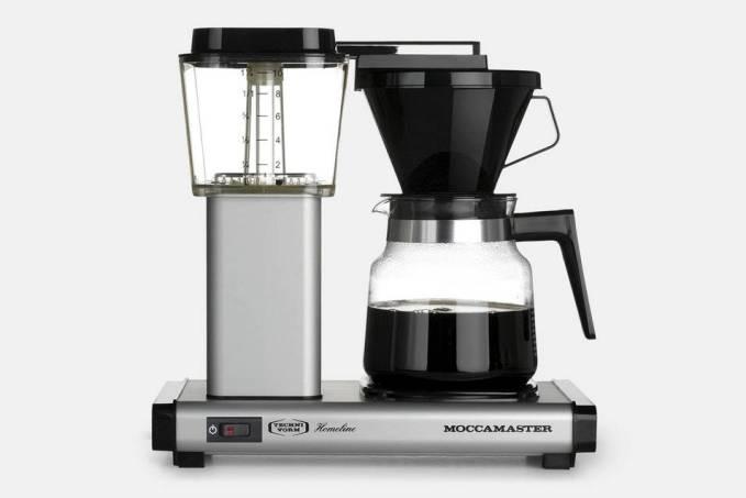 10 csésze finom csepegtetett kávé 6 perc alatt