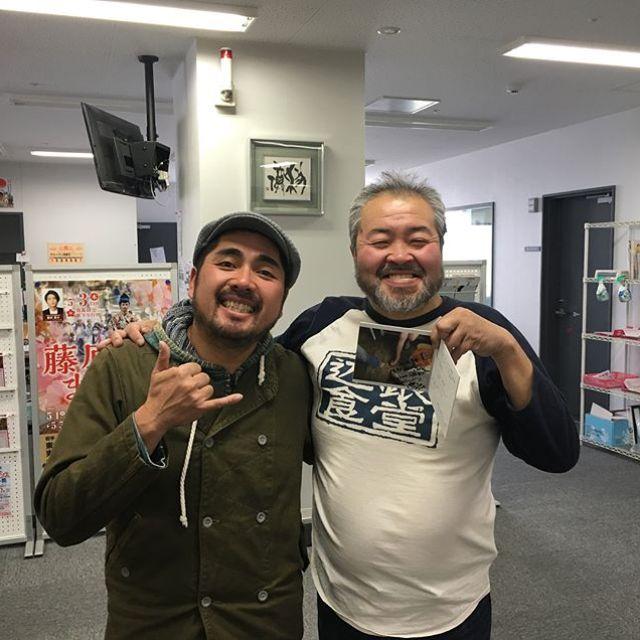 ラジオ生出演無事終了ー!FM asmo 小山羊右さんありがとうございました。これから一関千厩に向かいまーす!#唄うたいカワムラ