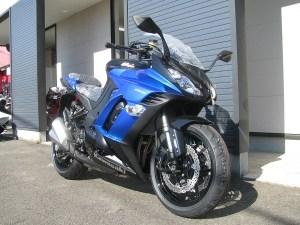 新車 カワサキ NINJA1000 ABS ブルー/ブラック フロントサイド2