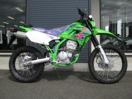 カワサキ KLX250 ファイナルエディション グリーン 右側