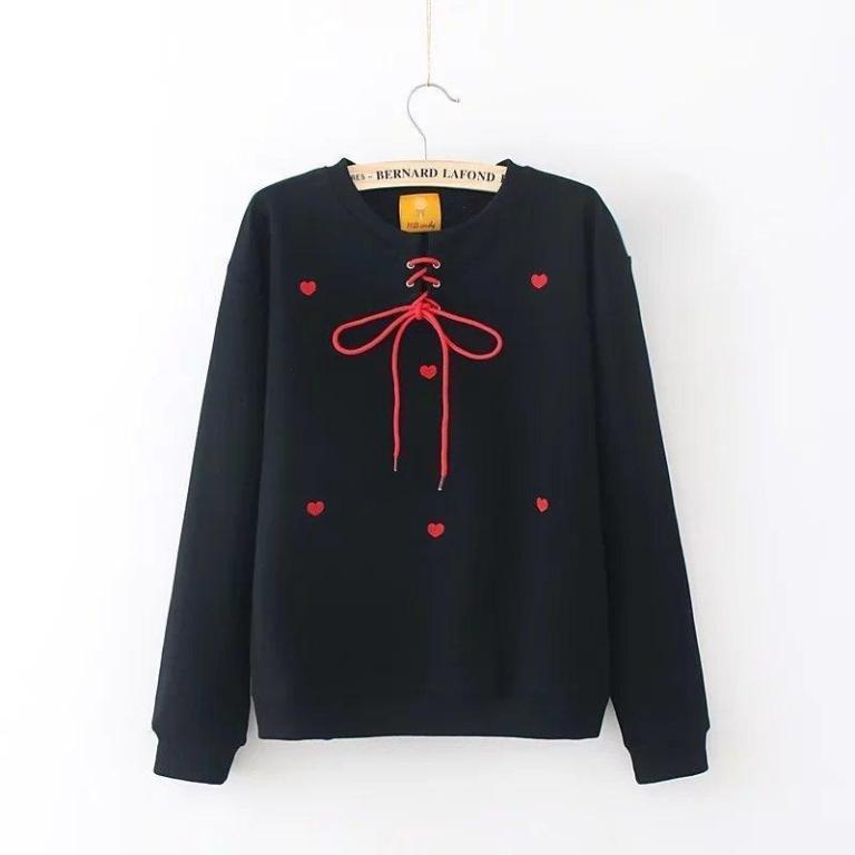 Black sweatshirt with red hearts