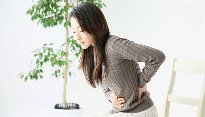 生理痛に苦しむ女性のイメージ画像