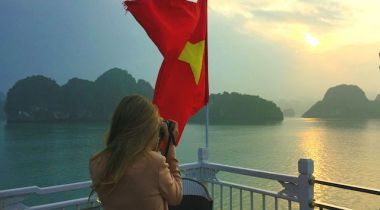 kawalk-halong_bay-Vietnam