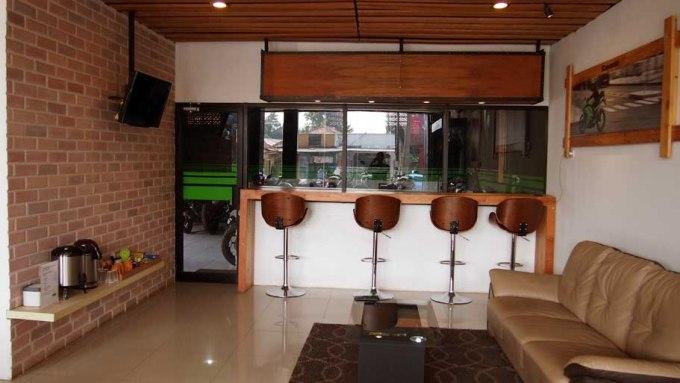 Ruang Tunggu Kawasaki Moto Art Lounge