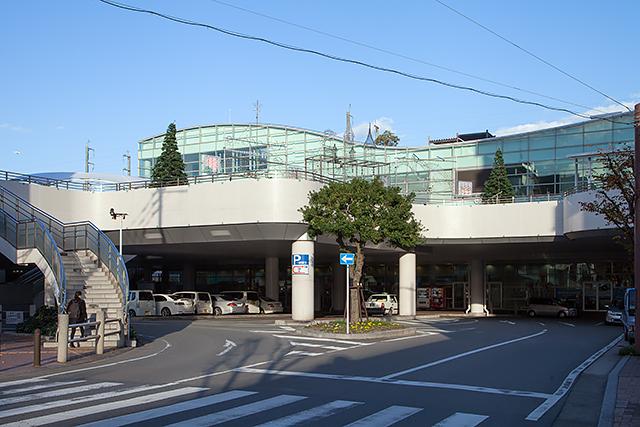 JR 博多南駅