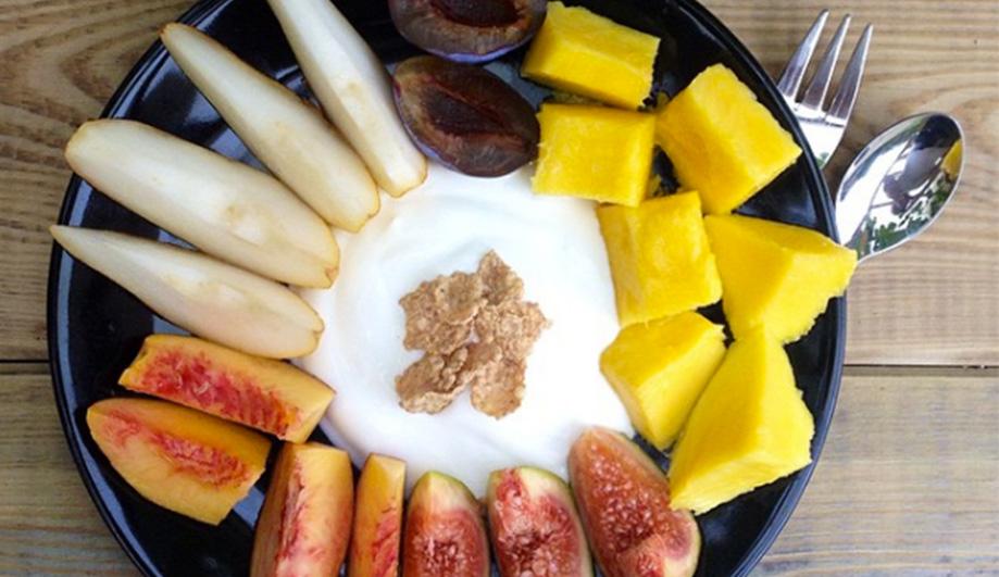 Greek joghurt in fruit-heaven