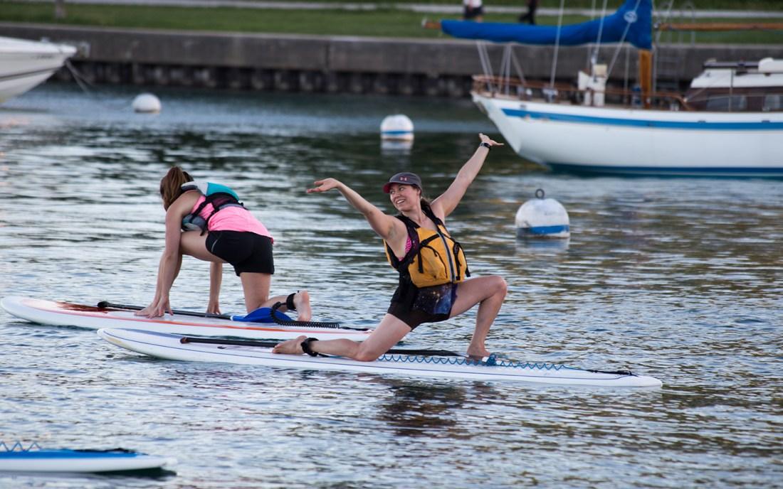 chicago paddleboard yoga classes
