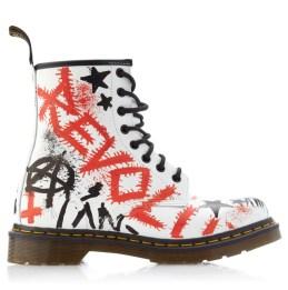 Dr-Martens-x-Klughaus-Graffiti-Boots-4