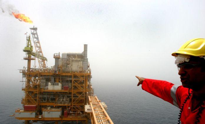 2005-07-25T120000Z_1334035132_RP6DRMULCYAA_RTRMADP_3_IRAN-OIL