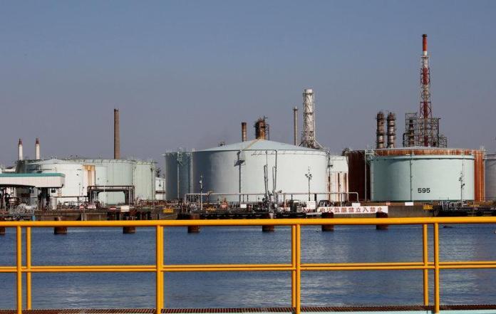 japan-oil-refineries-80486