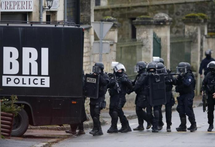 French-Police-095685906
