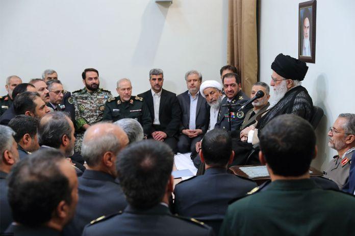Ayatollah_Ali_Khamenei__Khatam_al-Anbia_Commanders_01