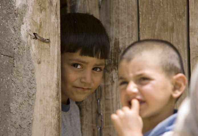 2007-06-27T120000Z_594347132_GM1DVORRBVAA_RTRMADP_3_IRAN